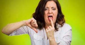 Выброс желчи в ротовую полость: почему происходит и как лечить
